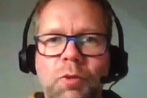 Matthias mit Headset